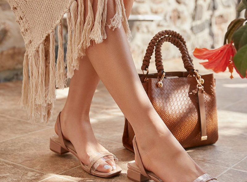 Sandals and bag for the summer.
